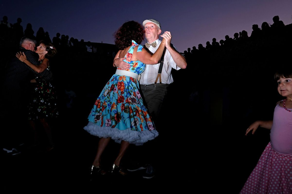 couple dancing Summer Jamboree Francesca Chiacchio